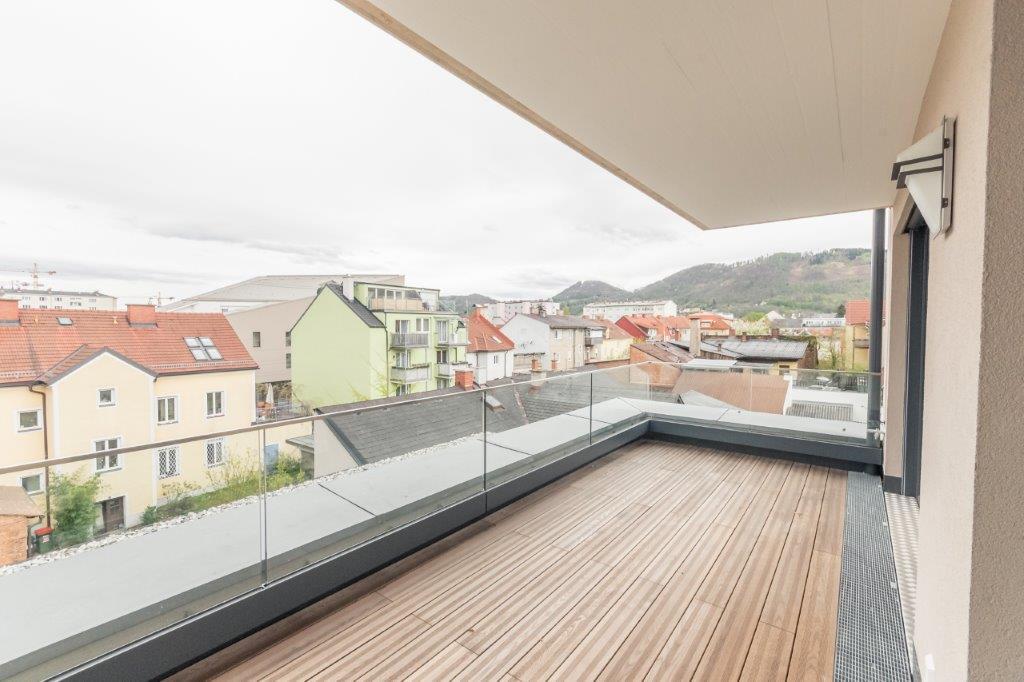 ERSTBEZGU in Eggenberg - Penthouseartig mit großer Terrasse!