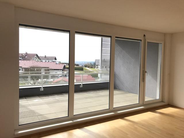 Reihenhausartige Wohnung mit Dachterrasse!