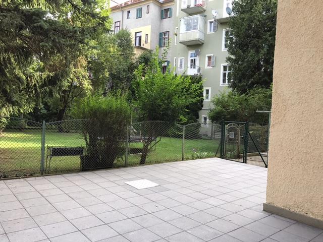 Studentenhit in Geidorf mir RIESEN Terrasse - Erstbezug!